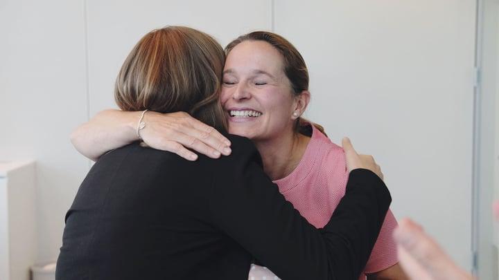 Lufthansa_Launch_Hug